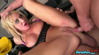 Amy Brooke Takes Two Cocks In Her Ass For A Double Anal Penetration